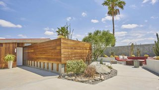 Escape to a John Lautner Micro-Resort in the Californian Desert - Photo 1 of 12 -