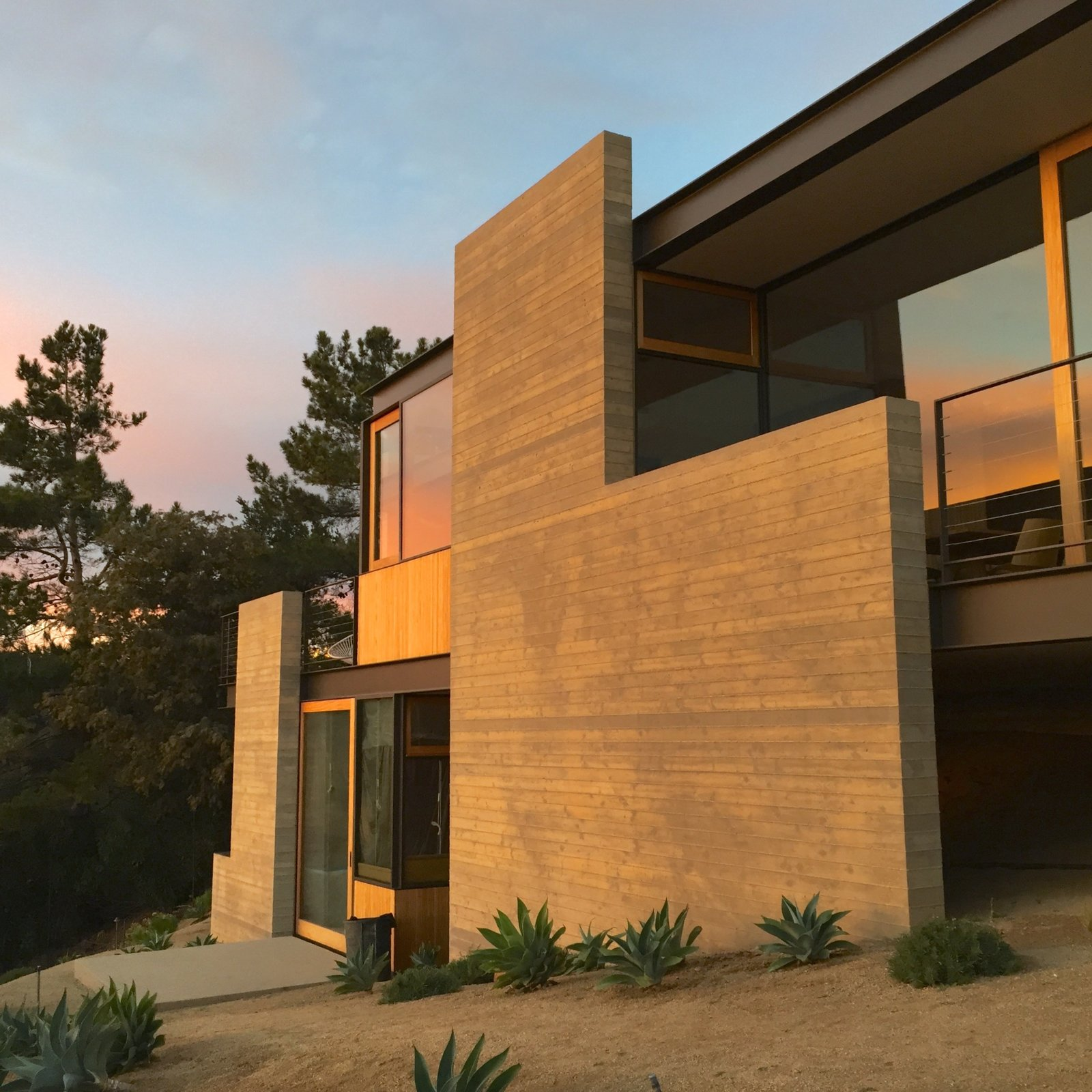 Tagged: Outdoor.  Photo 4 of 13 in Take Your Next Vacation in a Midcentury Home in the Santa Monica Mountains