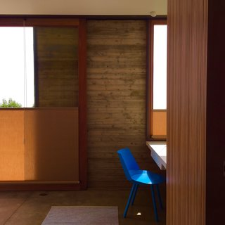 Take Your Next Vacation in a Midcentury Home in the Santa Monica Mountains - Photo 9 of 12 -