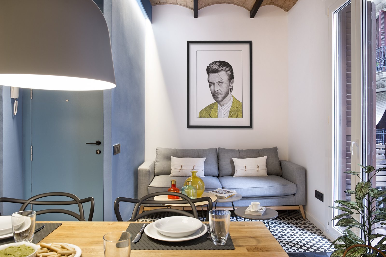 A Smart Layout Maximizes Space in This Compact Urban Beach Apartment in Barcelona