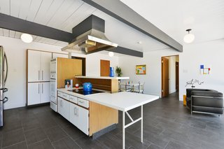 An Enormous Bay Area Eichler Asks $1.45M - Photo 8 of 14 -