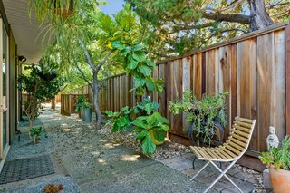 An Enormous Bay Area Eichler Asks $1.45M - Photo 12 of 14 -