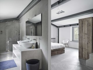 Stay in a Modern, Industrial Home That's Hidden Inside a Traditional Tuscan Villa - Photo 7 of 10 -