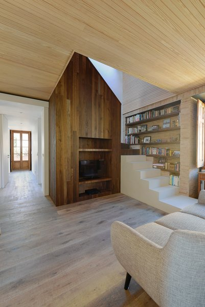 Photo 13 of 16 in An Architect Renovates His 1920s Home in Portugal, While Preserving the Exterior Shell