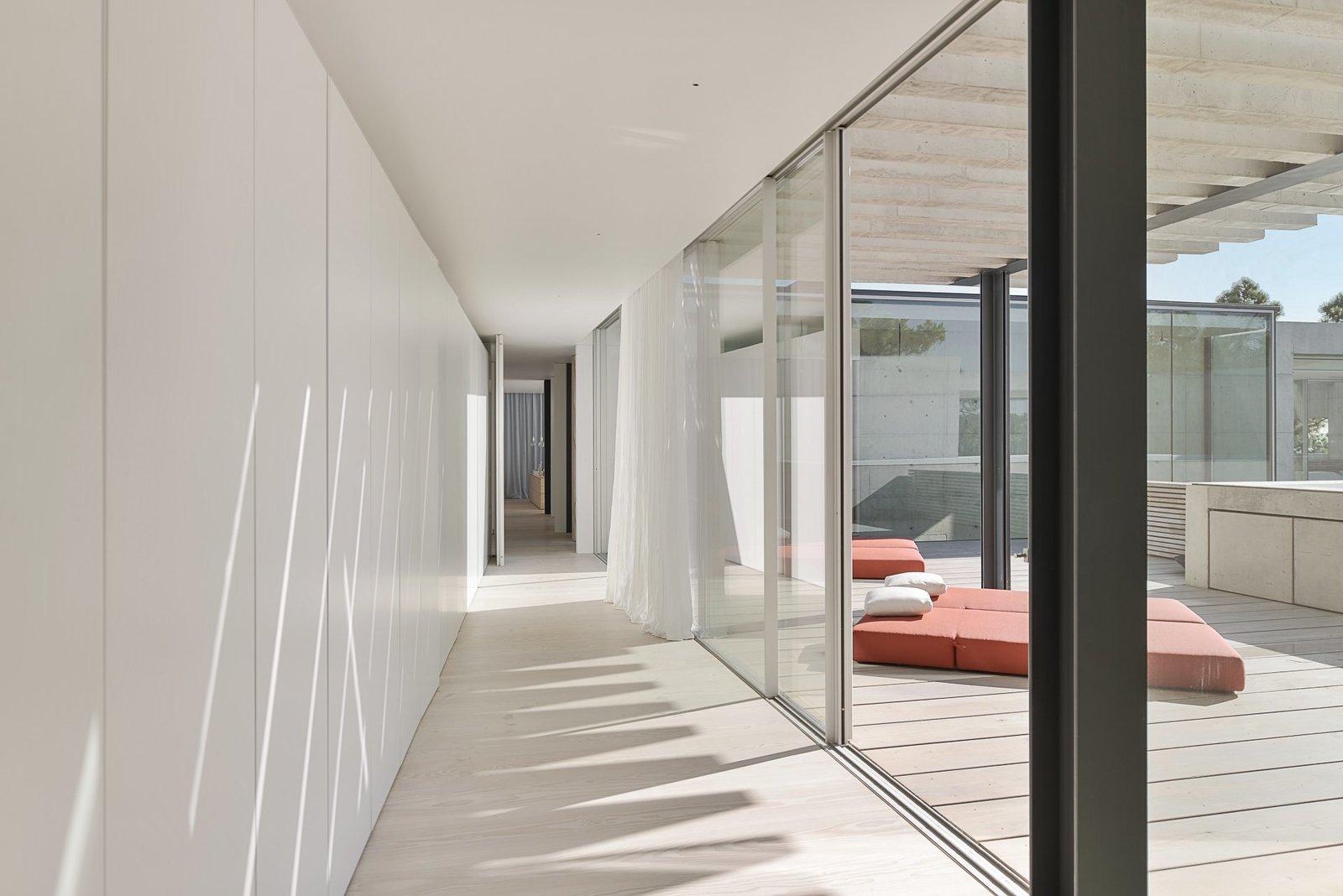 The Wall House indoor hallway.
