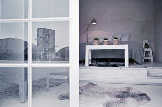 Located in the northeastern corner of Gotland island in the remote Furillen peninsula, the industrial-chic Fabriken Furillen is set amidst the haunting limestone formations of an old quarry. Designed by Gothenburg photographer Johan Hellström, this eco-friendly hotel has soft, inviting interiors in different shades of gray and white.