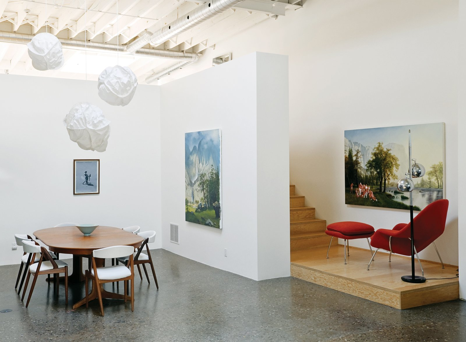 Photo 2 of 7 in 6 Main Things To Consider When Designing Your Home Art Gallery