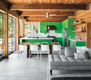 Architect Michael Cobb used sustainable materials like straw bales and rammed earth in the construction of this weekend home in Healdsburg, California.