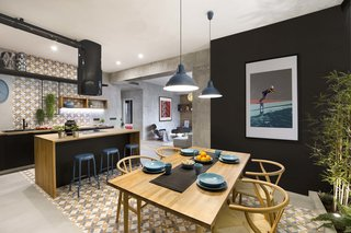 In This Compact Barcelona Apartment, Space Is Maximized With Smart Material Choices