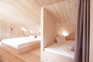 Stay in a Tiny Shingled Cabin in Austria That Resembles a Bird-Like UFO - Photo 7 of 11 -
