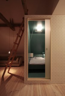 Stay in a Renovated, Sea-Inspired Frisian Apartment in a Former Hay Storage Barn - Photo 10 of 18 -