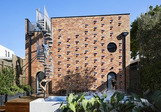 A Creative Brick Extension That's Designed to Adapt With a Growing Family's Needs