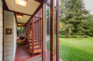 The Frank Lloyd Wright-Designed Louis Penfield House in Ohio Is For Sale For $1.3M - Photo 9 of 16 -