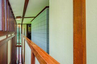 The Frank Lloyd Wright-Designed Louis Penfield House in Ohio Is For Sale For $1.3M - Photo 3 of 16 -