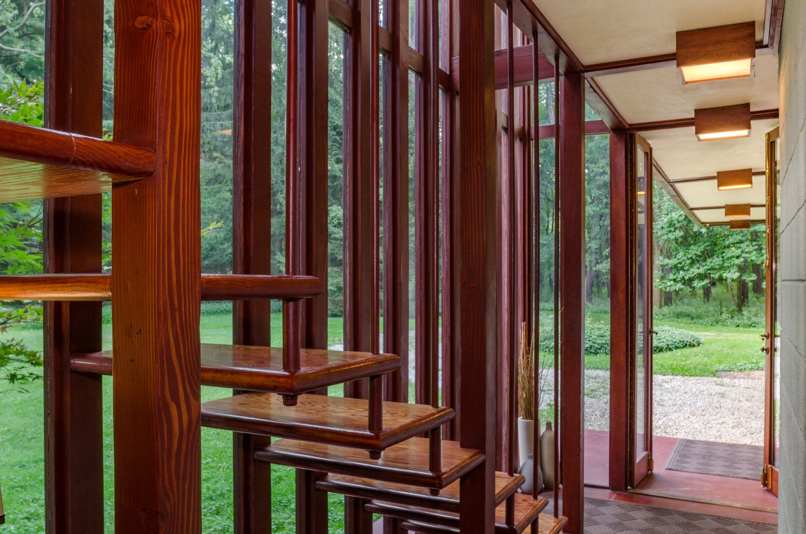 Photo 3 Of 17 In The Frank Lloyd Wright Designed Louis Penfield House In  Ohio