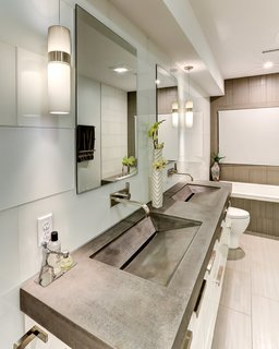 13 Modern Bathroom Vanity Ideas - Photo 11 of 13 -
