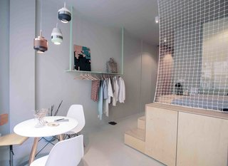 3 Smart Storage Systems Maximize Space in a Tiny Studio Apartment in Budapest - Photo 3 of 10 -