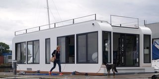 6 modular houseboat and floating home manufacturers around. Black Bedroom Furniture Sets. Home Design Ideas