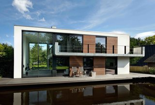 About 90 percent of the world's largest cities are located along waterfronts. Koen Olthuis of Dutch architectural firm Waterstudio.NL believes that with climate change leading to drastic rises in sea levels, we'll need to rethink how we live with water in the built environment. His team has designed sophisticated floating homes like Watervilla De Hoef and Watervilla IJburg in the Netherlands, and is working on masterplans for floating apartments, social housing developments, and even cities.