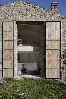 An Abandoned Stable in Spain Is Transformed Into a Sustainable Vacation Home For Rent - Photo 13 of 13 -