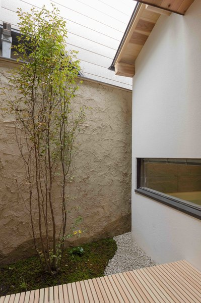 Stay in a Historic Japanese Townhouse in Kyoto That Was Saved From Ruin - Photo 8 of 15 -