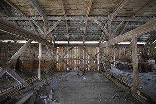 An Old Cattle Barn in Slovenia Is Saved and Transformed Into a Family Home - Photo 5 of 11 -