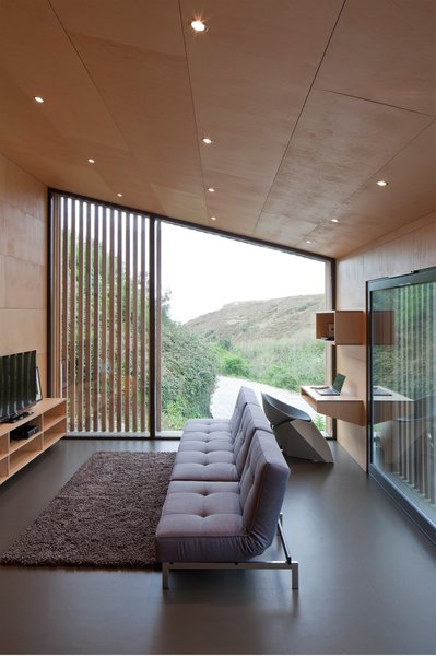 This Company Can Design, Build, and Deliver a Sustainable Prefab in Just 12 Weeks - Photo 4 of 13 -
