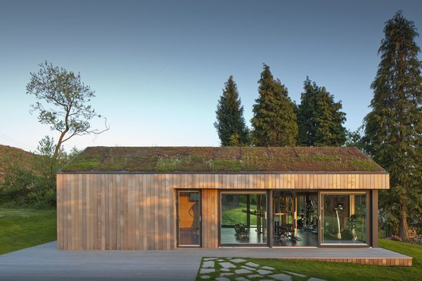 This Company Can Design, Build, and Deliver a Sustainable Prefab in Just 12 Weeks - Photo 2 of 13 -