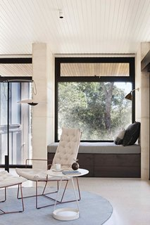 A Layered Home in Coastal Australia That Merges With the Limestone Terrain - Photo 7 of 11 -