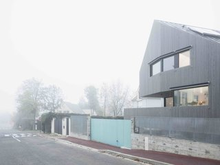 A Prefab House Near Paris Is Designed to Be Bright and Open - Photo 2 of 16 -