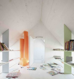 A Prefab House Near Paris Is Designed to Be Bright and Open - Photo 12 of 16 -