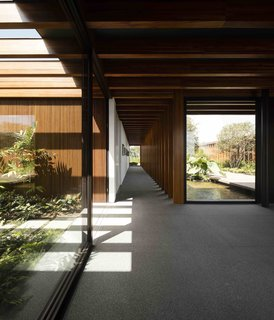 A Brazilian Home With a Touch of Japanese Zen - Photo 1 of 10 -