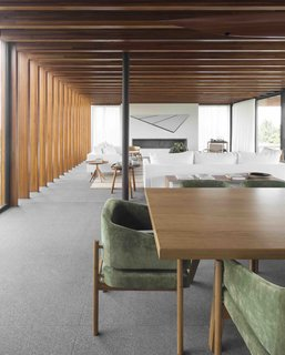A Brazilian Home With a Touch of Japanese Zen - Photo 6 of 10 -