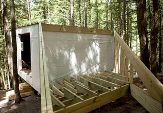 A Dramatic Tree House by Budget-Conscious DIY Builders - Photo 1 of 12 -