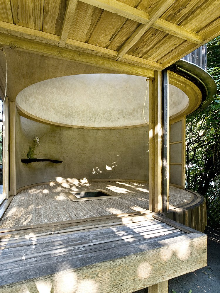 Living Room  Photo 13 of 13 in 6 Tiny Outdoor Pavilions Inspired by Japanese Tearooms