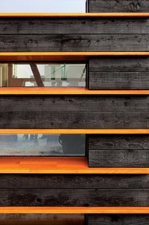 10 Striking Homes Featuring the Japanese Art of Shou Sugi Ban - Photo 11 of 15 -