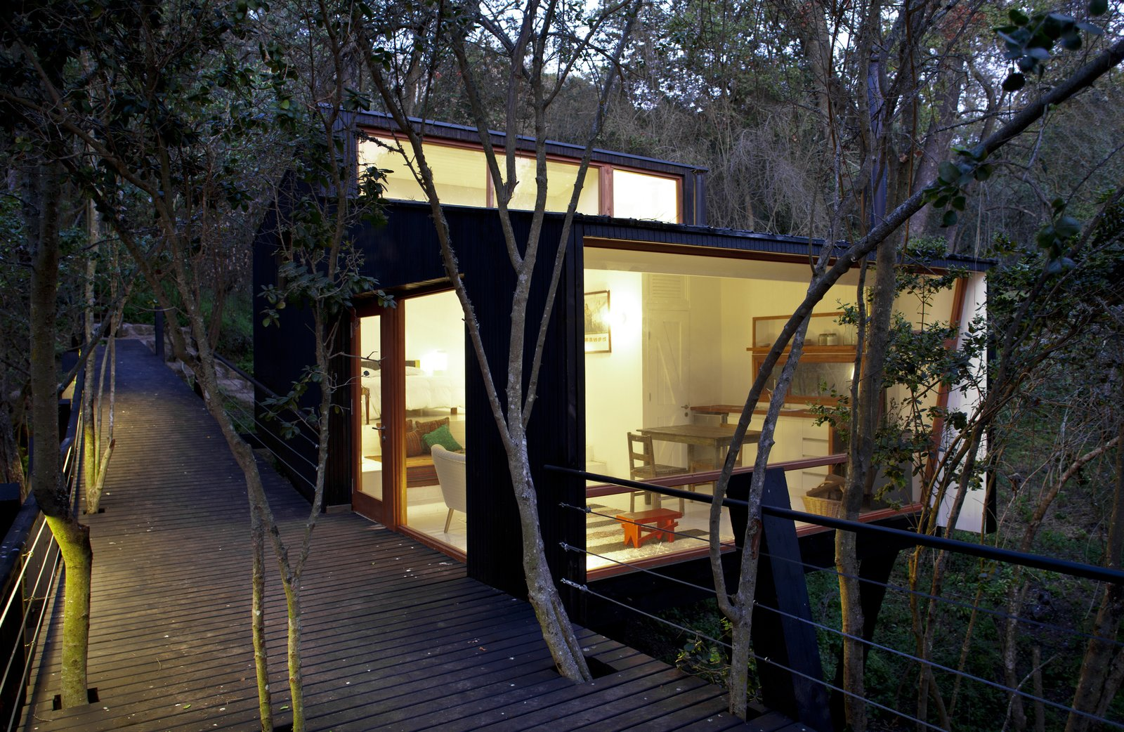 Exterior, House Building Type, and Wood Siding Material  Photo 3 of 10 in A Little Chilean Tree House That's One With the Canopy