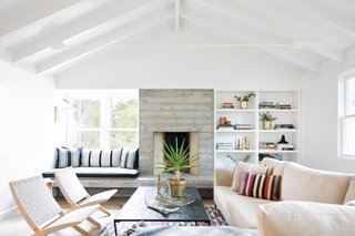 A 1950s California Ranch House Gets a Modern-Farmhouse Makeover - Photo 4 of 17 -
