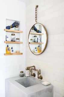 A 1950s California Ranch House Gets a Modern-Farmhouse Makeover - Photo 10 of 17 -