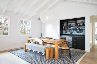 A 1950s California Ranch House Gets a Modern-Farmhouse Makeover - Photo 11 of 17 -