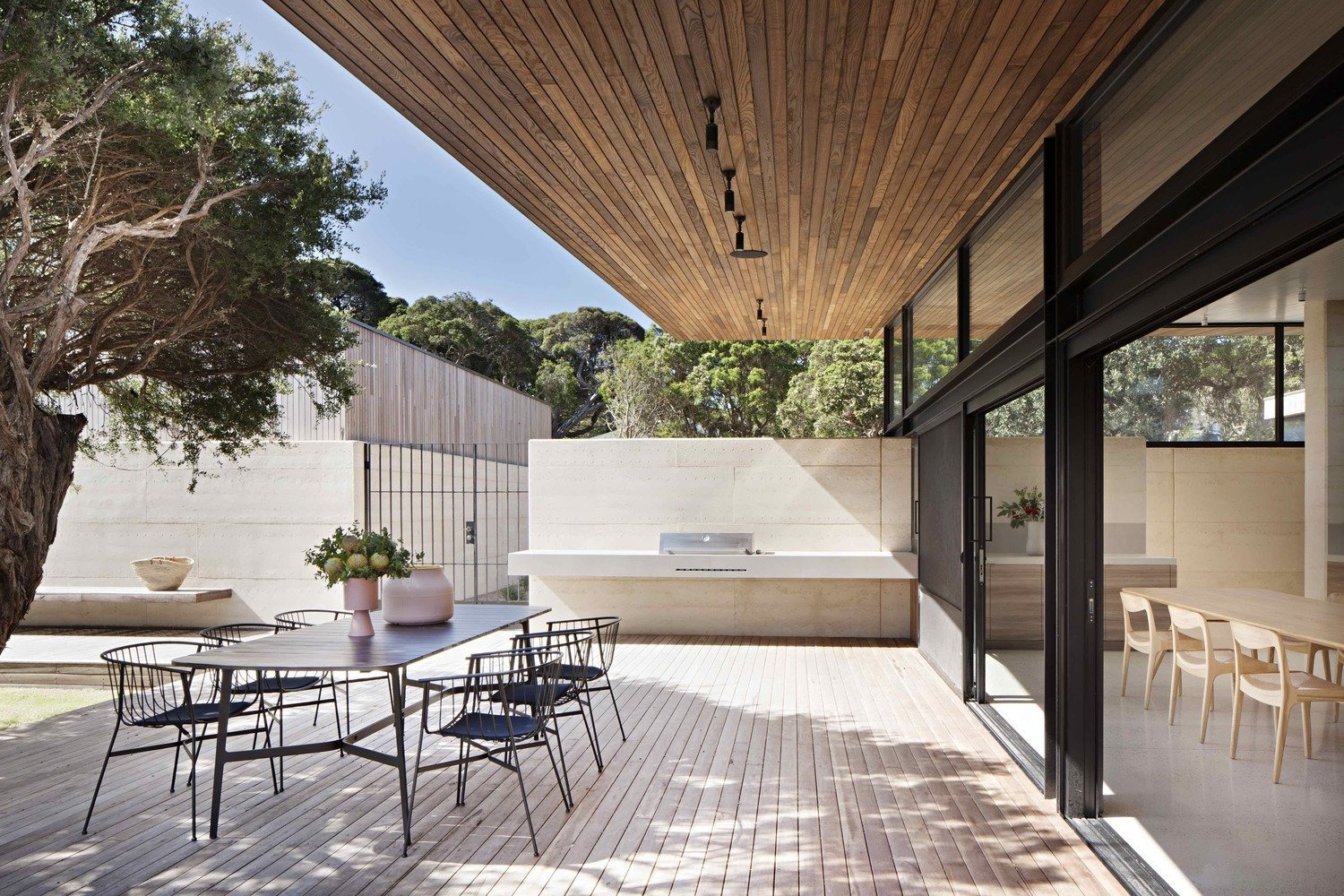 Articles about 7 perfect summer patios on Dwell.com