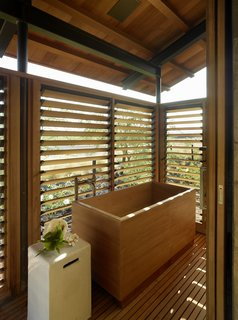 40 Modern Bathtubs That Soak In the View - Photo 37 of 40 -