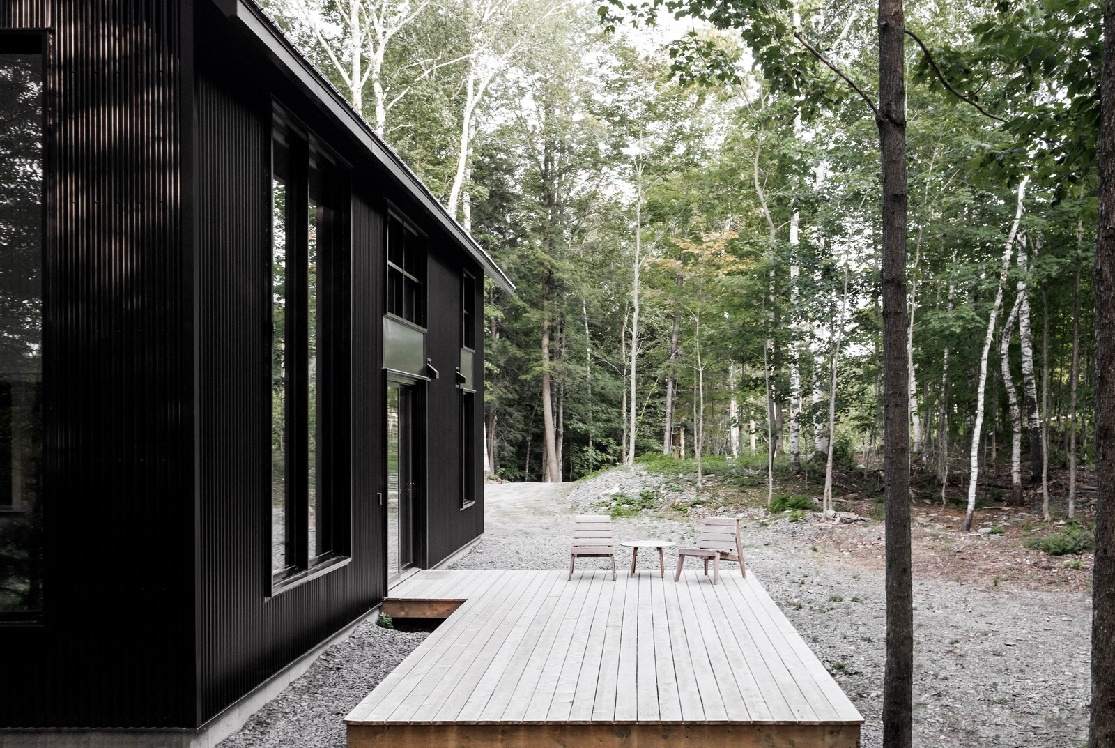 Grand Pic Chalet Appareil Architecture Quebec exterior deck