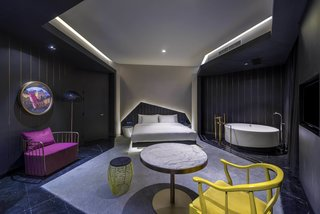 A Hotel in Beijing Fuses Chinese History With Cosmopolitan Style - Photo 6 of 18 -