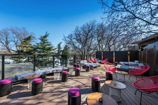A Hotel in Beijing Fuses Chinese History With Cosmopolitan Style - Photo 4 of 18 -