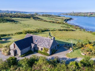 7 Vacation Rentals in Ireland That Put a Spin on the Classic Cottage - Photo 12 of 14 -