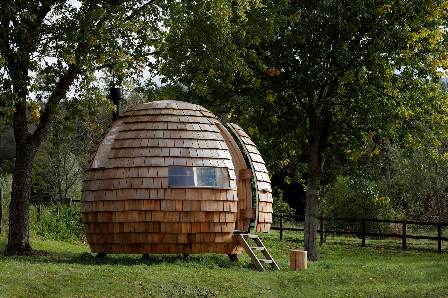 Exterior, Cabin Building Type, Prefab Building Type, Wood Siding Material, and Dome RoofLine  Photo 6 of 16 in You Can Buy Your Very Own Prefabricated Escape Pod