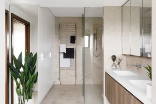 6 Insider Tips For Bathroom Design From the Experts - Photo 3 of 7 -