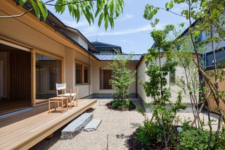 A Super-Insulated Home in Japan Brings Comfort to an Elderly Couple - Photo 11 of 14 -