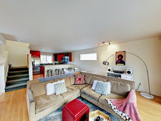 8 Stellar Rentals For Your Next Visit to Seattle - Photo 6 of 8 -
